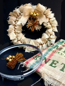 Another golden Christmas wreath made from cut hessian sack pieces, a carboard barrel rim and glittered pipe ties.